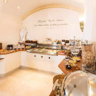 Frühstücksbüfett Tassilo Hotel