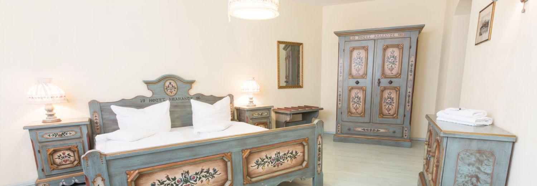 Tassilo Hochzeitszimmer in Dingolfing