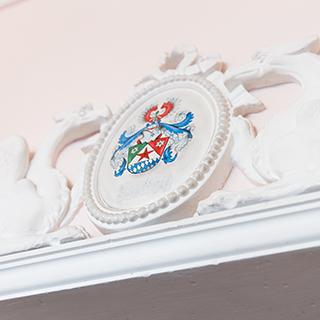 Hotel Tassilo Dingolfing Wappen